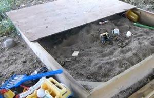 fabriquer un bac sable pour les enfants mega tuto tous les tutoriels vid os pour conomiser. Black Bedroom Furniture Sets. Home Design Ideas