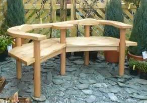 Salon de jardin en bois de palette r aliser un banc - Fabriquer un banc de jardin en bois ...
