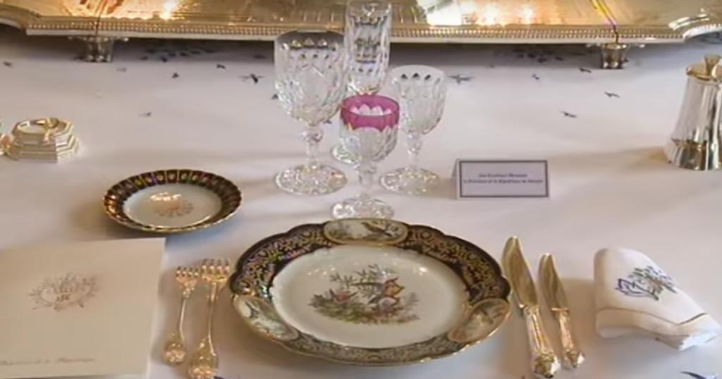 Dresser Une Table A La Francaise